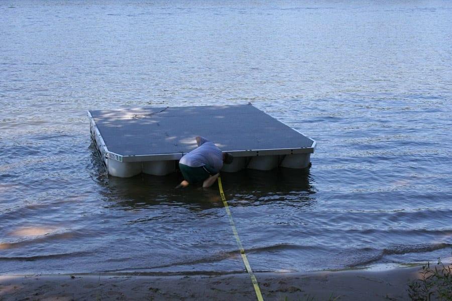 Diamond Lake Michigan Dock Amp Barge Rollingbarge Com