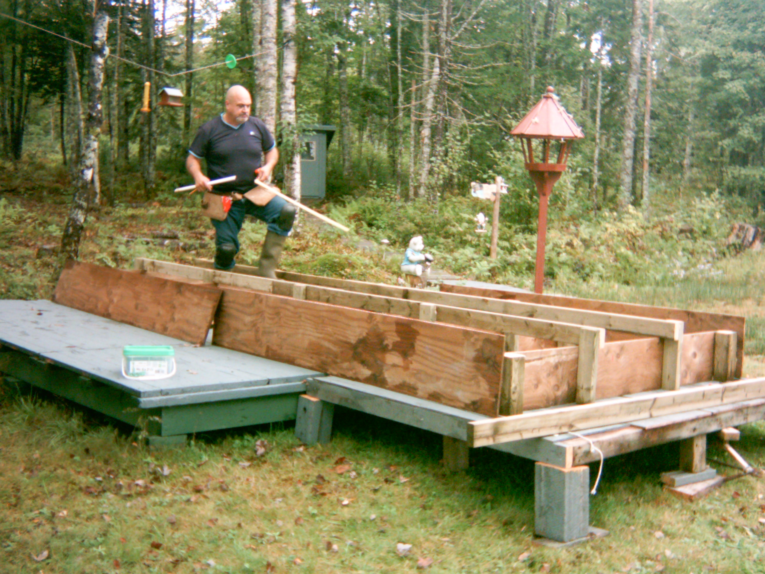 Floating barrel dock plans omahdesigns net for Small pond dock plans