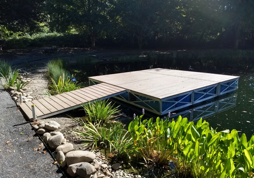Rolling Barge's floating docks are winter-proof