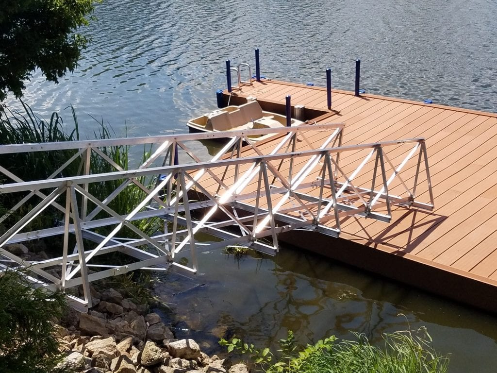Gangway connects to Floating Dock