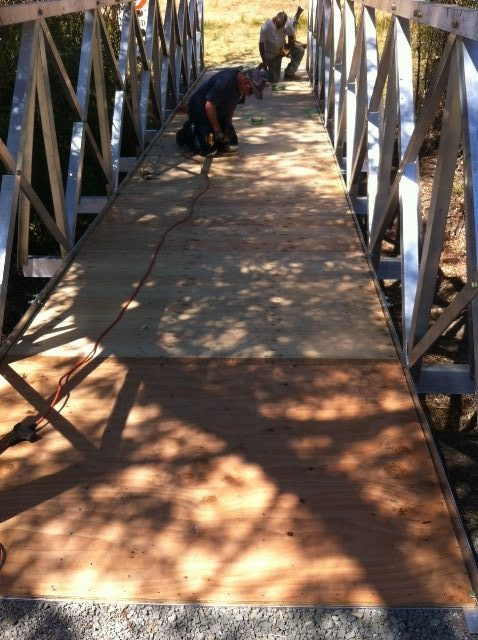aluminum-bridge-decking