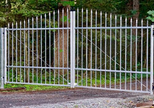 aluminum-driveway-gate