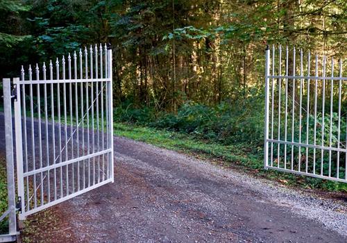 gate-aluminum